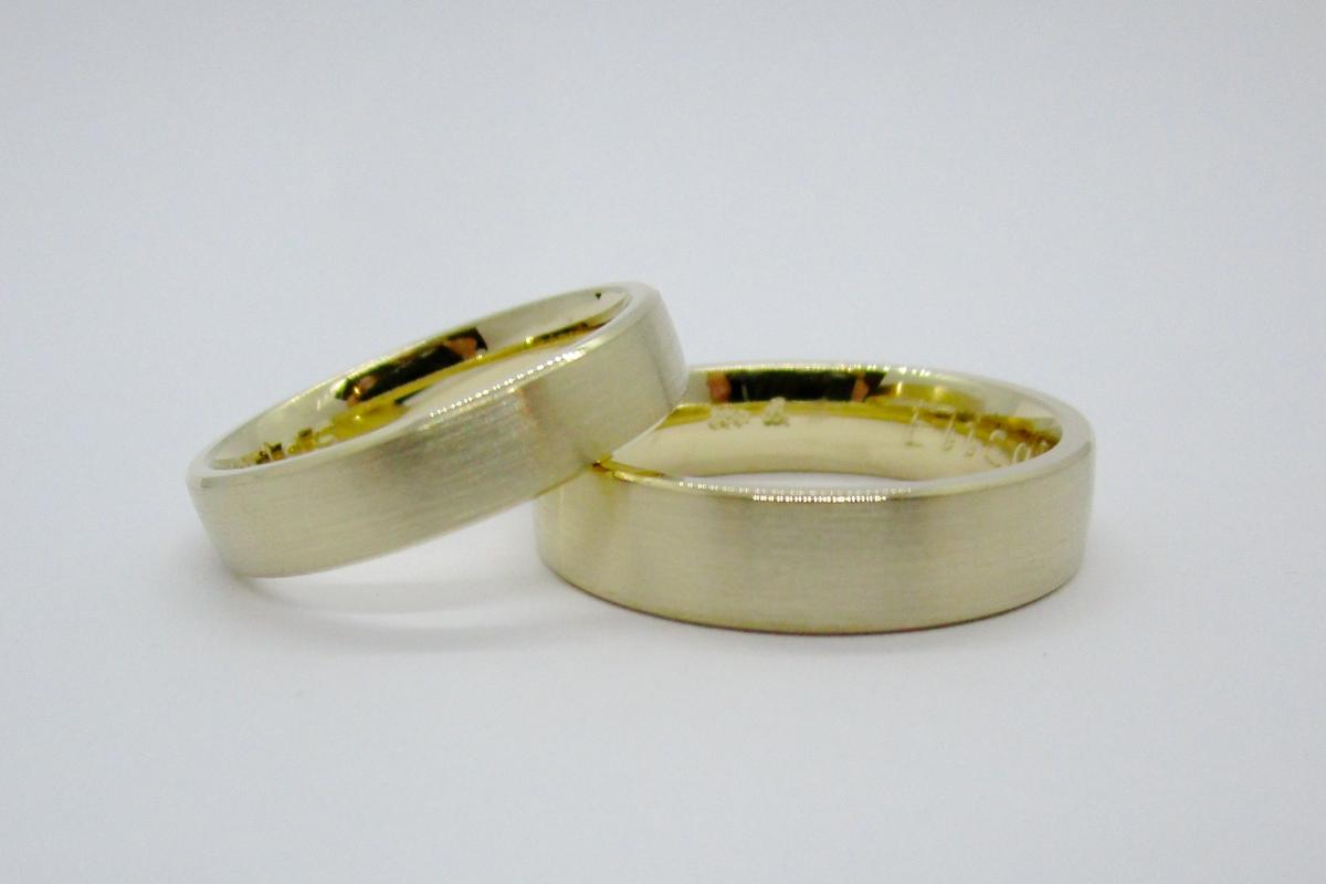Eheringe Gelbgold geburstet 4mm 5mm  - Wien