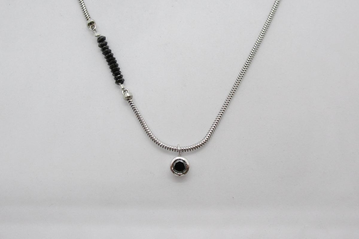"""Kette """"Black&White"""" im Online-Shop der Schmuckwerkstatt"""