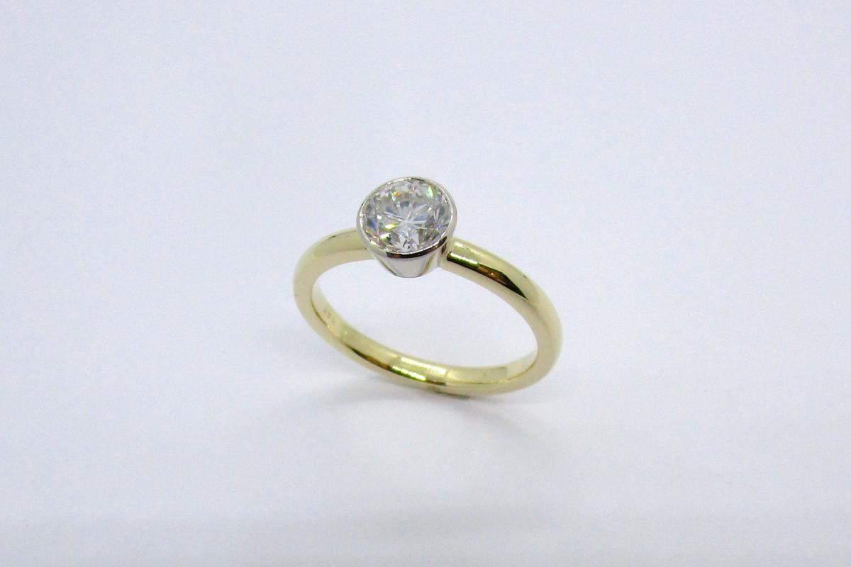 Ring Verlobungsring Solitar Weißgold Gelbgold bicolor Brillant  - Wien