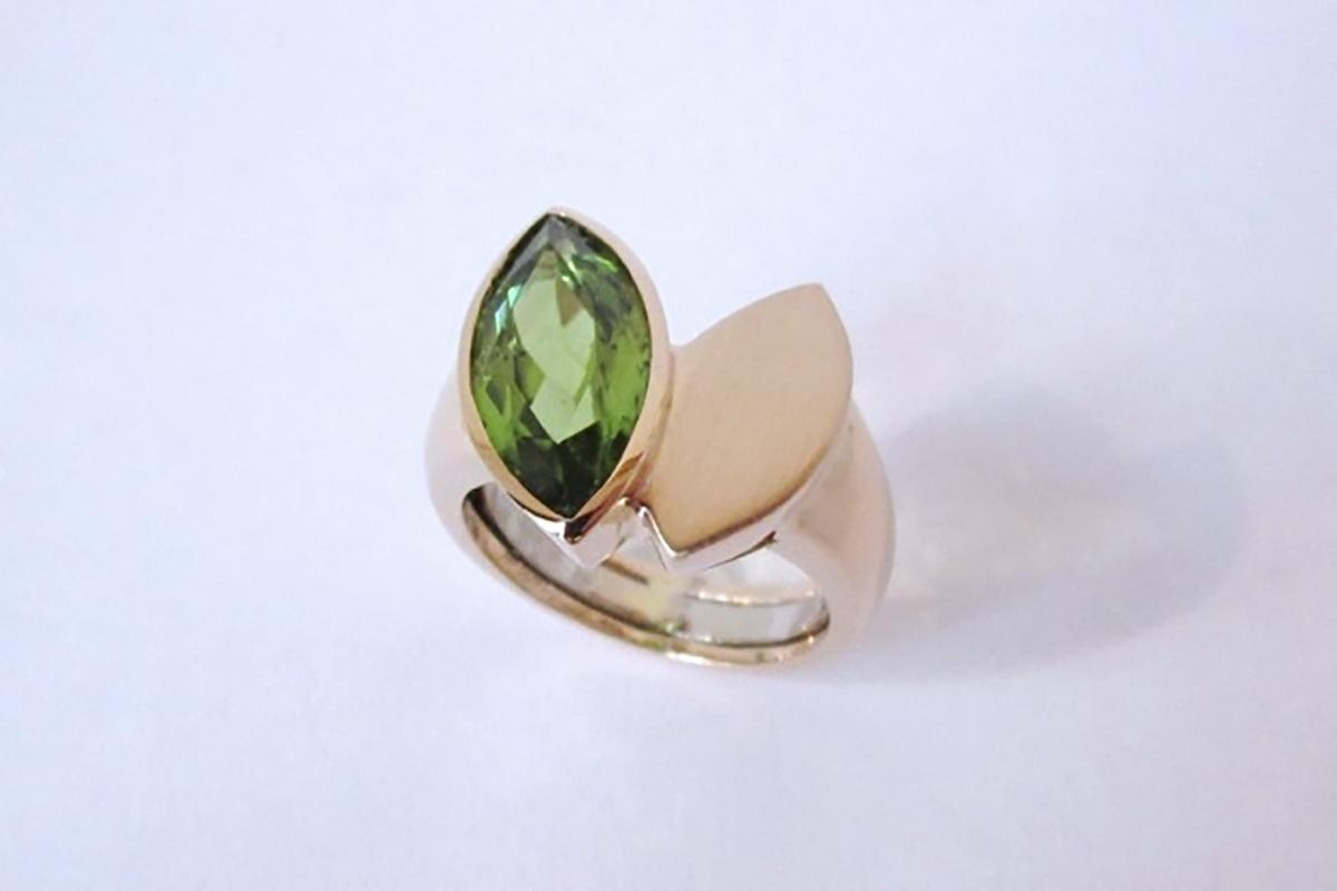 Ring Rosegold Peridot Navette  - Wien