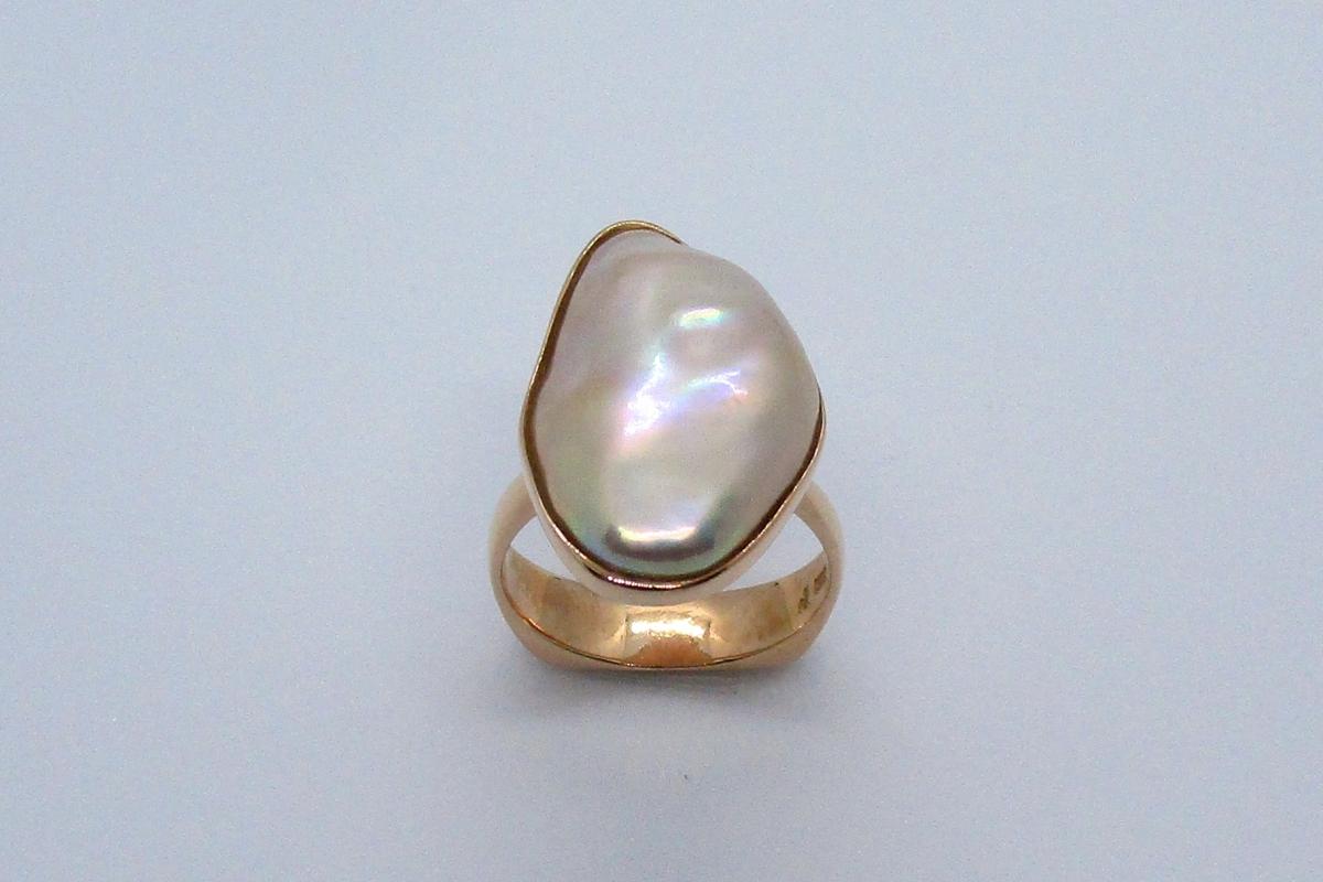 """Ring """"Baroque Pearl"""" im Online-Shop der Schmuckwerkstatt"""