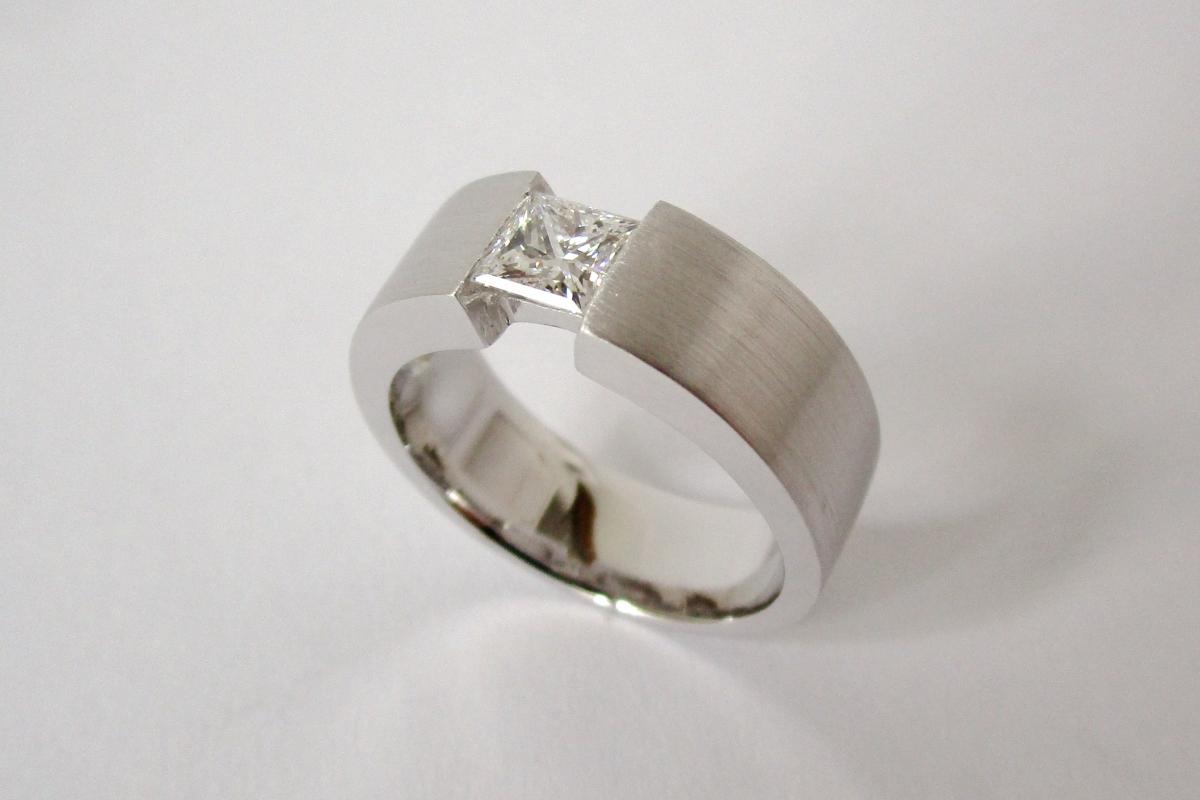 Ring Verlobungsring Weißgold gebürstet Diamant Princess  - Wien